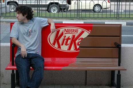 B2C ad for KitKat